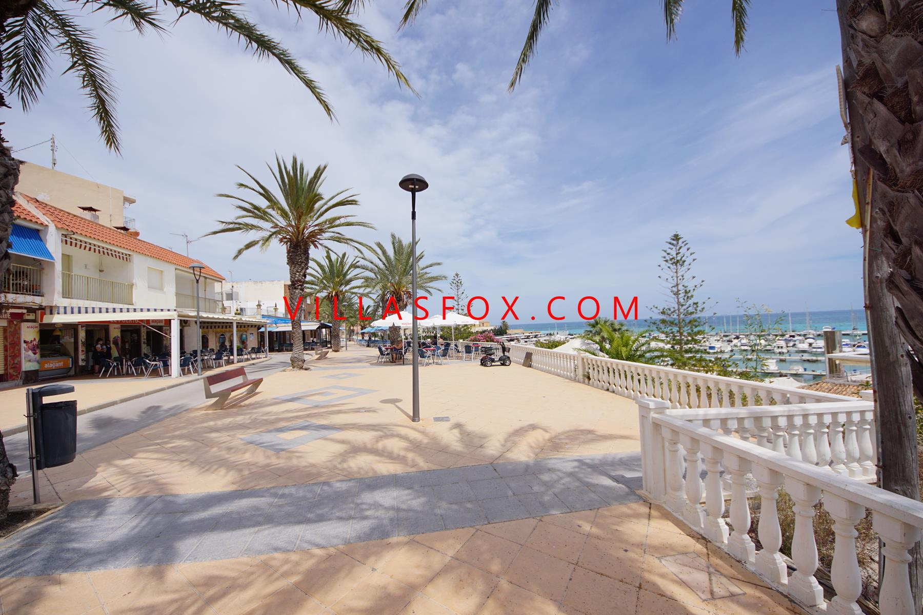Walking distance to beach - excellent value in Torre de la Horadada