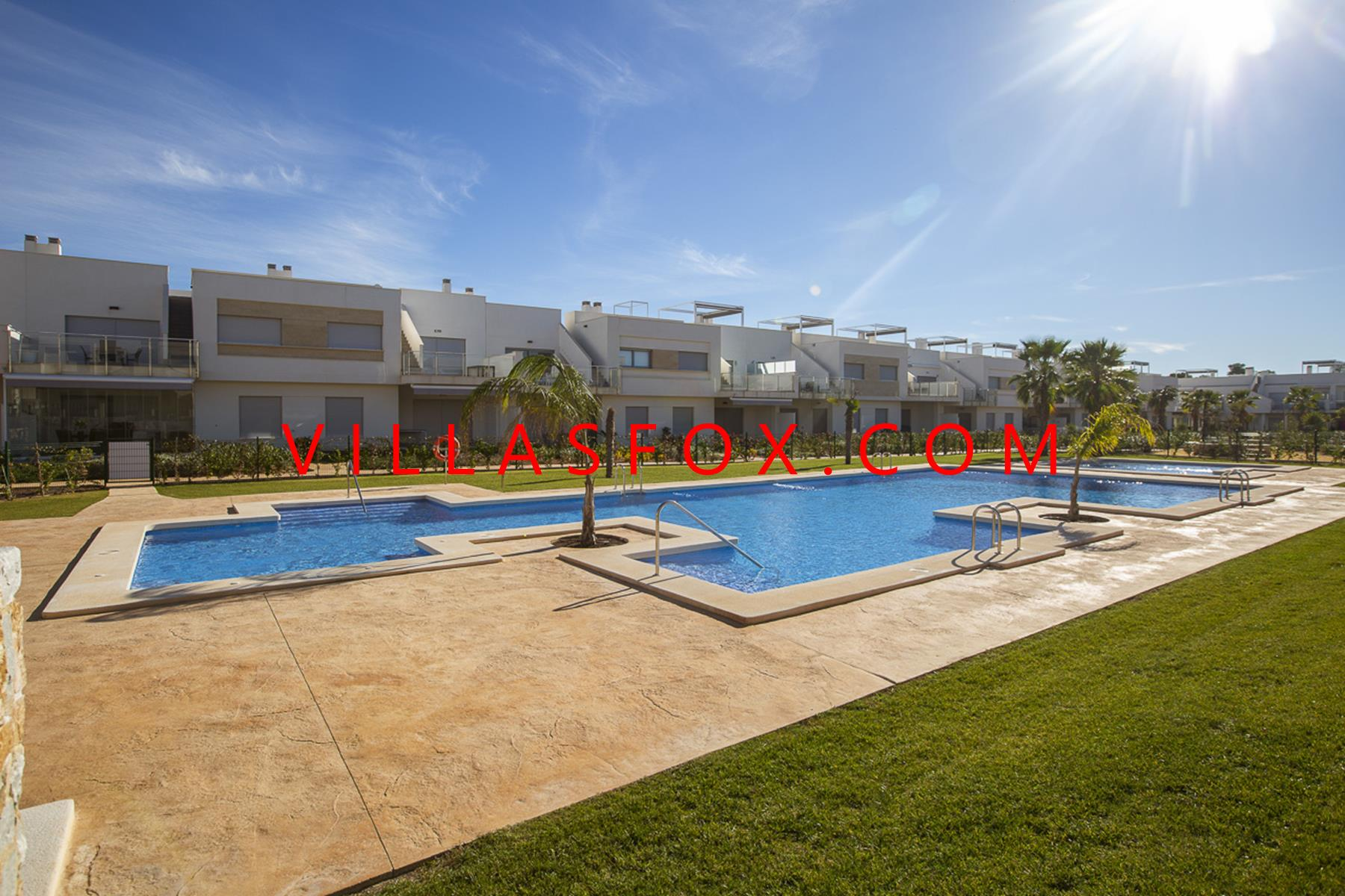 Luxury golf apartments at affordable prices close to bars and restaurants